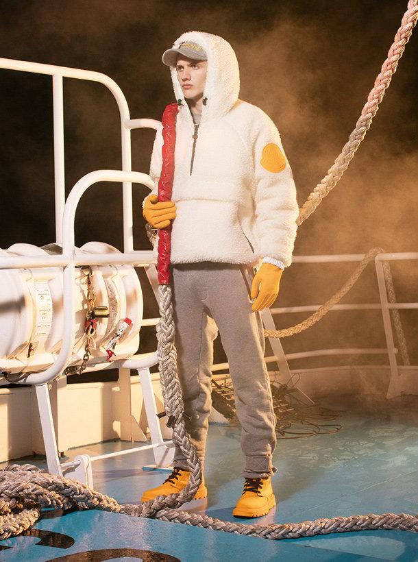 off white moncler o 15 - Off-White e Moncler navegam em mares perigosos